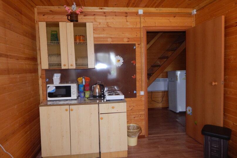 Двухэтажный деревянный дом, улица Коллективная, 232А, Должанская - Фотография 2