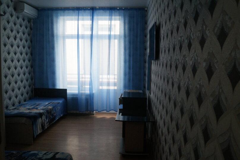 Полулюкс трехместный с балконом, улица Сьянова, 34, Лазаревское - Фотография 2