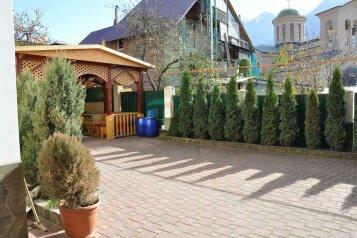 Гостевой Дом, улица Пчеловодов на 6 номеров - Фотография 2