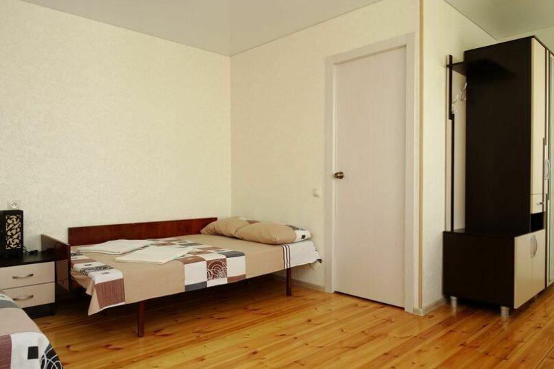 4-местный номер на 2-м этаже, Черноморская улица, 98, Витязево - Фотография 3