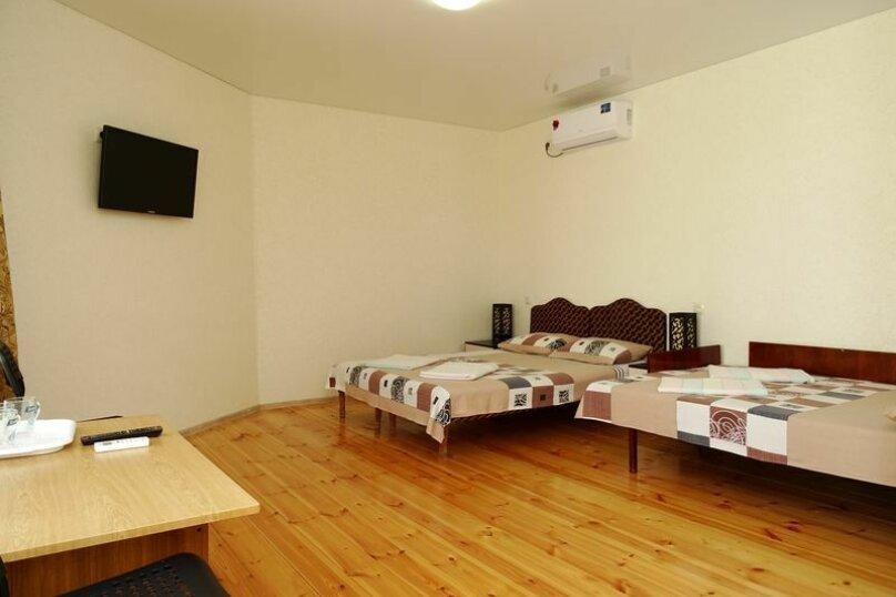 4-местный номер на 2-м этаже, Черноморская улица, 98, Витязево - Фотография 4