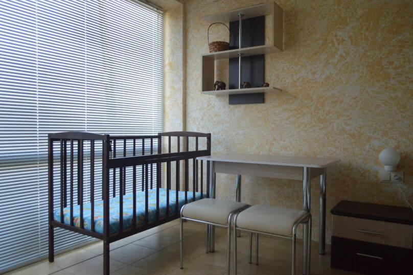 """Гостевой дом """"SoLaris"""", Курортная улица, 1К на 12 комнат - Фотография 15"""