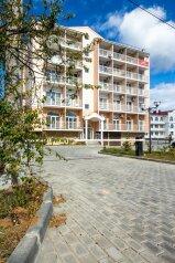 1-комн. квартира, 27 кв.м. на 2 человека, улица Пляж Омега, 8, Севастополь - Фотография 1
