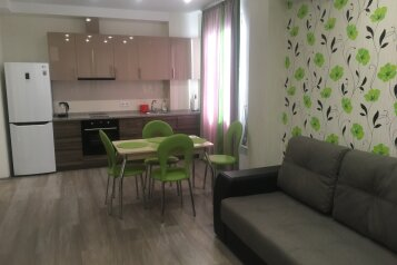 2-комн. квартира, 40 кв.м. на 4 человека, улица 1 Мая, Алупка - Фотография 1