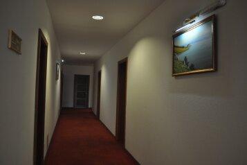 Отель, 104 мкр-н, 1 на 16 номеров - Фотография 3