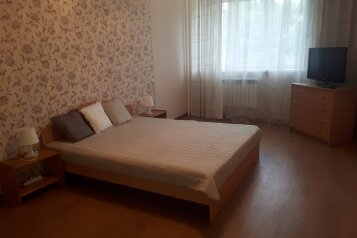 1-комн. квартира, 48 кв.м. на 4 человека, улица Блюхера, 61/1, Новосибирск - Фотография 1