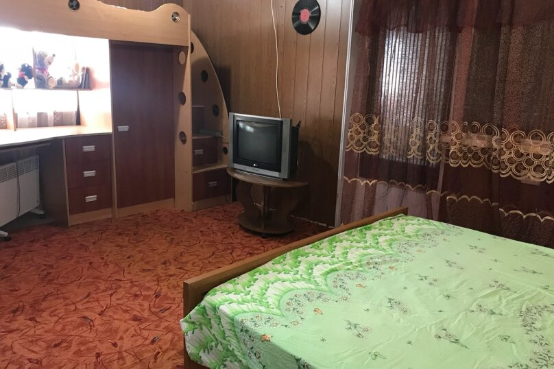 номер с удобствами на четверых, 3-я Равелинная улица, 4, Севастополь - Фотография 6