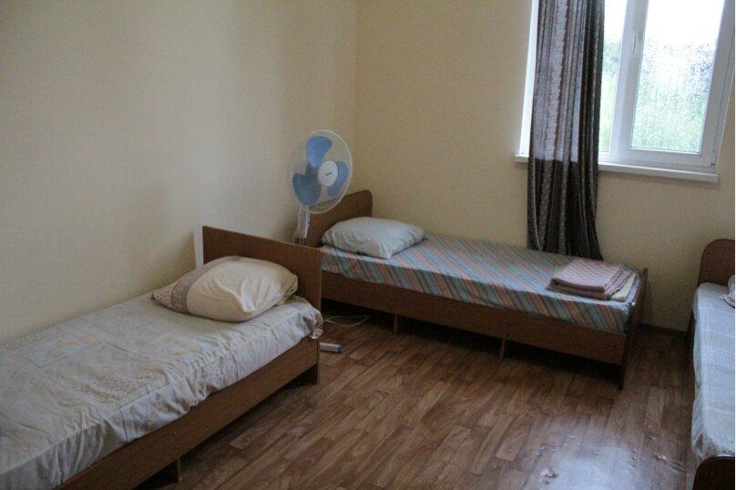 """Гостевой дом """"Медовый"""", Захара Топчян, 21 на 5 комнат - Фотография 3"""