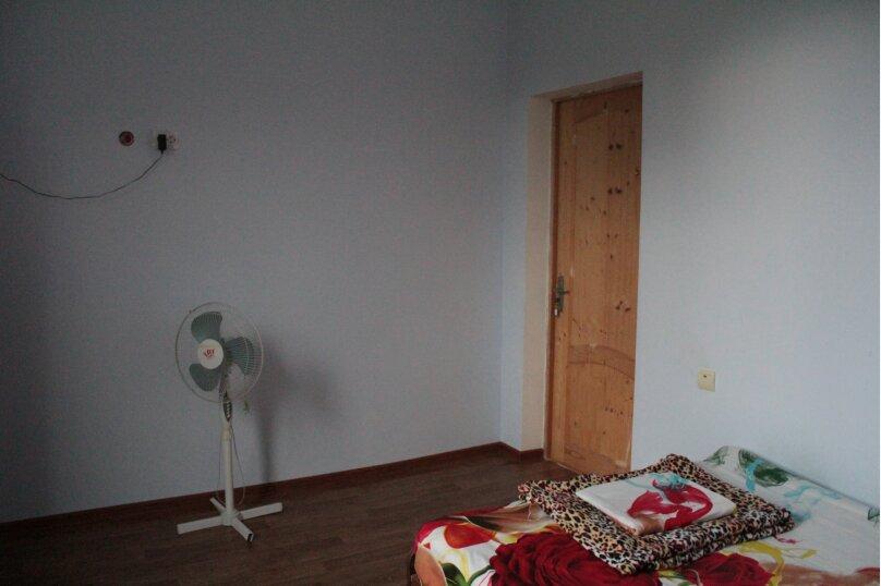 """Гостевой дом """"Медовый"""", Захара Топчян, 21 на 5 комнат - Фотография 9"""