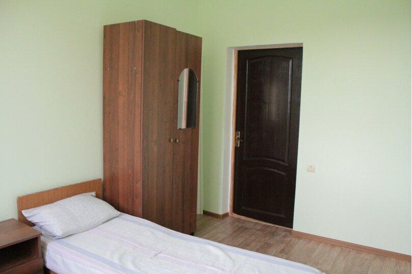 """Гостевой дом """"Медовый"""", Захара Топчян, 21 на 5 комнат - Фотография 16"""