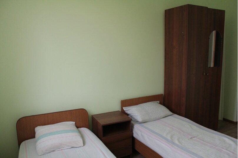 """Гостевой дом """"Медовый"""", Захара Топчян, 21 на 5 комнат - Фотография 17"""