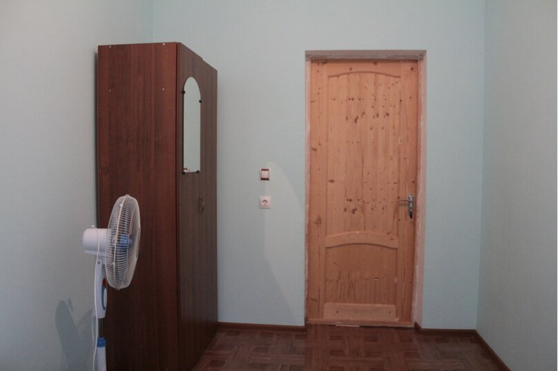 """Гостевой дом """"Медовый"""", Захара Топчян, 21 на 5 комнат - Фотография 20"""
