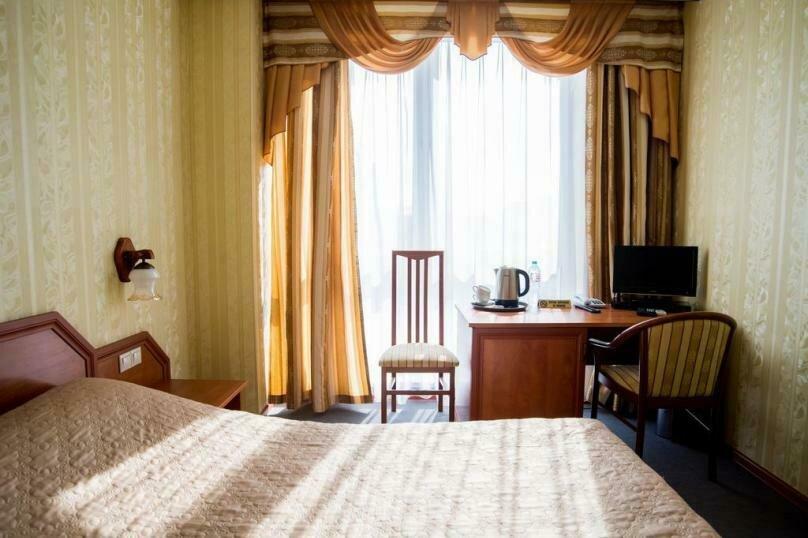 Стандартный двухместный номер с 1 кроватью, Советская улица, 59, Тула - Фотография 1