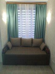 Дом, 56 кв.м. на 5 человек, 1 спальня, улица Аллея Дружбы, Заозерное - Фотография 2