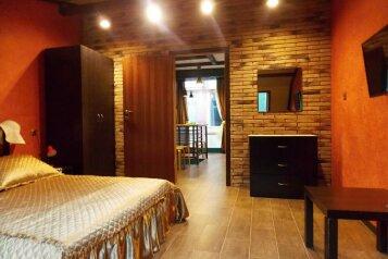1-комн. квартира, 56 кв.м. на 4 человека, Свирская улица, 22, Лазаревское - Фотография 1