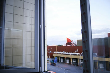 3-комн. квартира, 70 кв.м. на 6 человек, улица Александра Усольцева, Сургут - Фотография 4