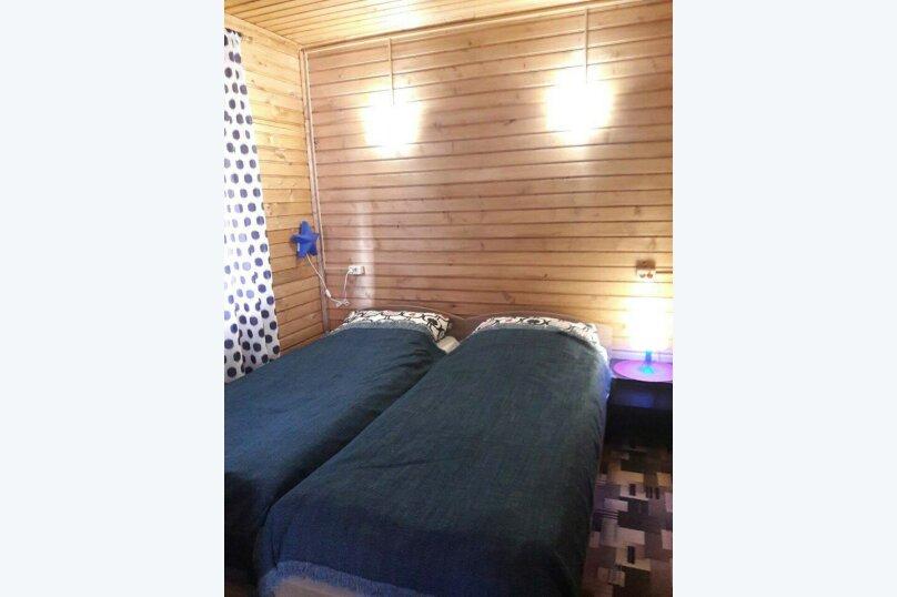 База отдыха Новая Жемчужина, 50 кв.м. на 4 человека, 1 спальня, Озерная, 3, Луга - Фотография 15