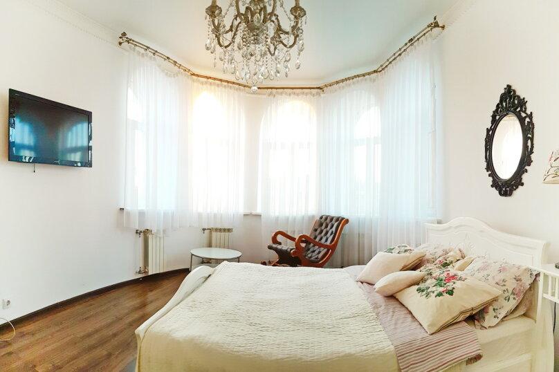 Двухкомнатный люкс №6, улица Некрасова, 46, Санкт-Петербург - Фотография 1