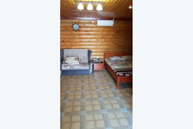 Семейный номер, улица Бусина, 12, поселок Приморский, Феодосия - Фотография 1
