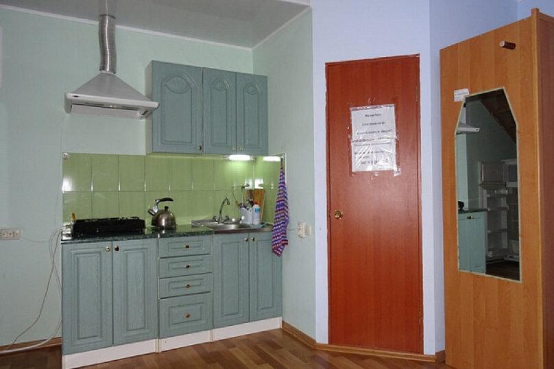 Отдельная комната, Молодежная улица, 6, Евпатория - Фотография 2