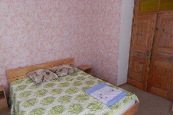Дом, 100 кв.м. на 8 человек, 3 спальни, улица Победы, 42, Феодосия - Фотография 2