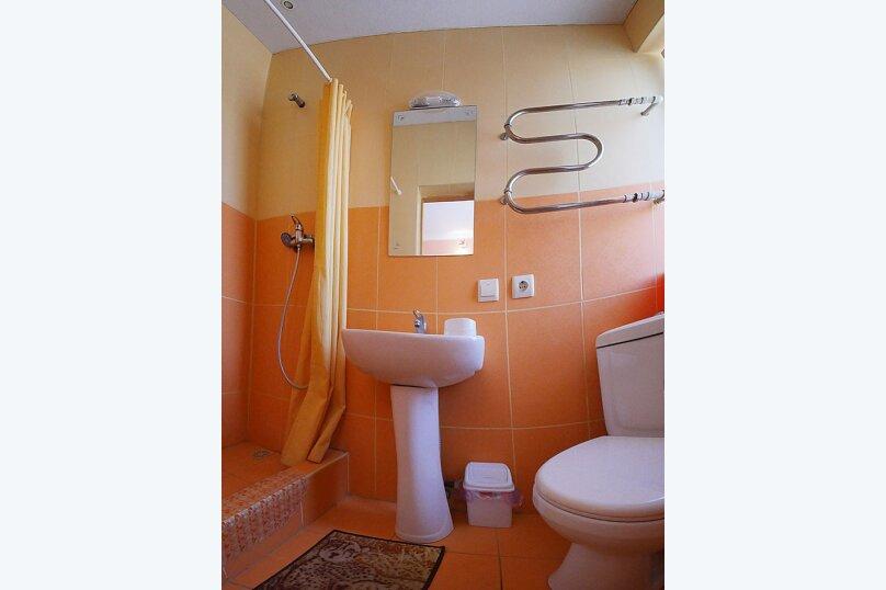 Трехместный номер стандарт 2 этаж, Водопроводный переулок, 4, Феодосия - Фотография 6
