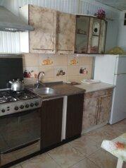 Дом, 40 кв.м. на 4 человека, 1 спальня, улица Тучина, 32, Евпатория - Фотография 3