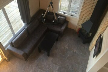 Коттедж, 140 кв.м. на 8 человек, 4 спальни, пос. Березово, ул. Березовая, Приозерск - Фотография 2
