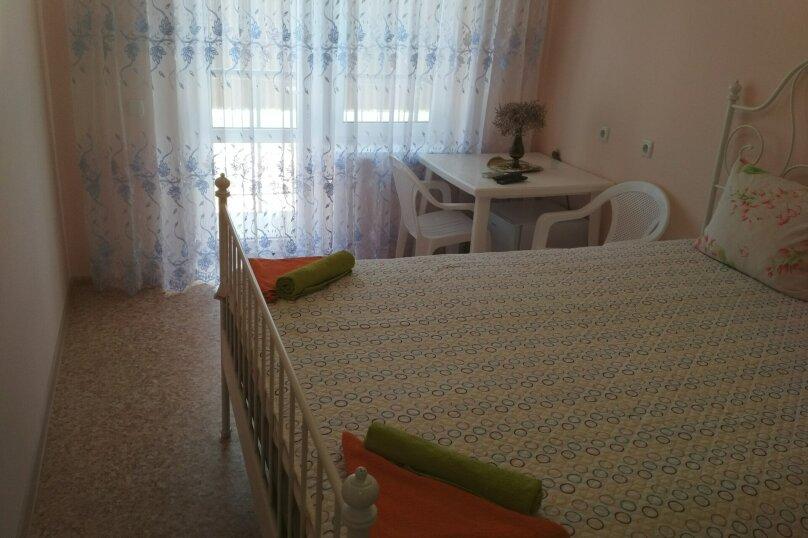 Люкс двухместный с двухспальной кроватью, улица Антонова, 10, Коктебель - Фотография 2