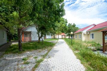 База отдыха Взлёт, Десантная улица, 48 на 38 номеров - Фотография 1