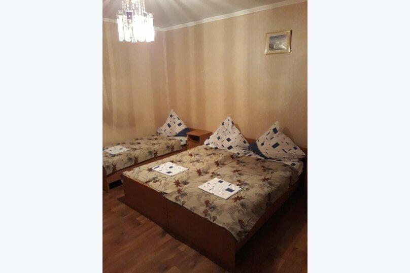 """Гостевой дом """"На Кипарисовой аллее 3"""", Кипарисовая аллея, 3 на 4 комнаты - Фотография 12"""