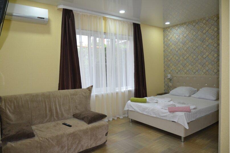 Отдельный 2 комнатный дом с 2 комнатами и 2 сан.узлами и кухней, Морская, 182, Ейск - Фотография 5