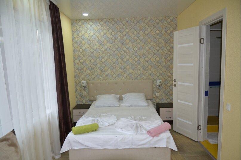 Отдельный 2 комнатный дом с 2 комнатами и 2 сан.узлами и кухней, Морская, 182, Ейск - Фотография 7