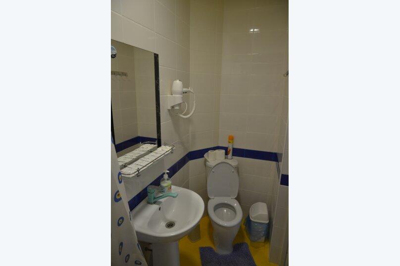 Отдельный 2 комнатный дом с 2 комнатами и 2 сан.узлами и кухней, Морская, 182, Ейск - Фотография 10