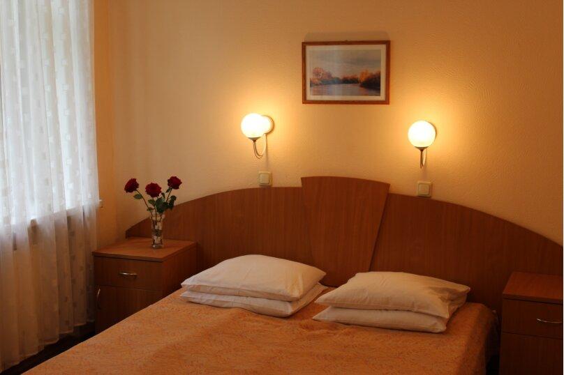1- комнатные 2-местные с двуспальной кроватью, Горловская улица, 1, Ступино - Фотография 1