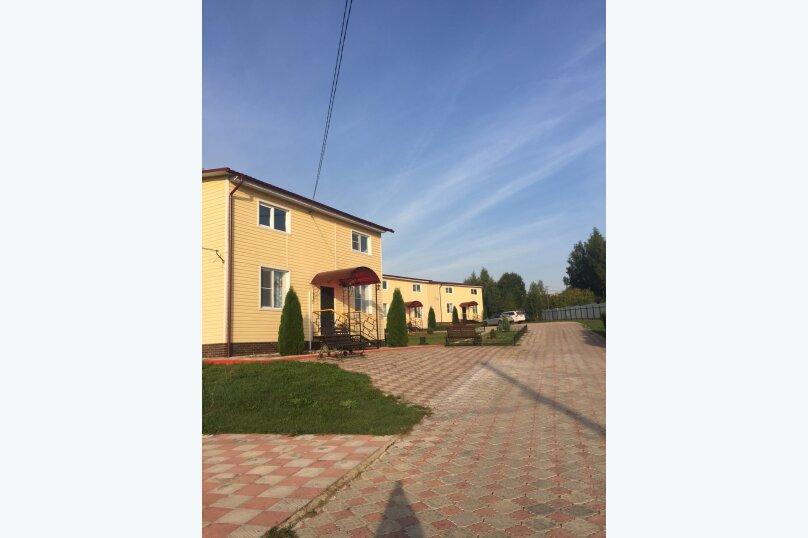 Гостевой дом, 130 кв.м. на 8 человек, 4 спальни, д. Лужное, 33, Калуга - Фотография 1