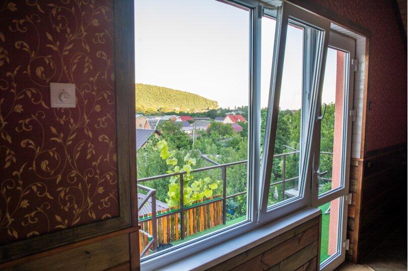 Апартаменты двухкомнатные с кухней третий этаж, Каштановая улица, 14, Архипо-Осиповка - Фотография 10