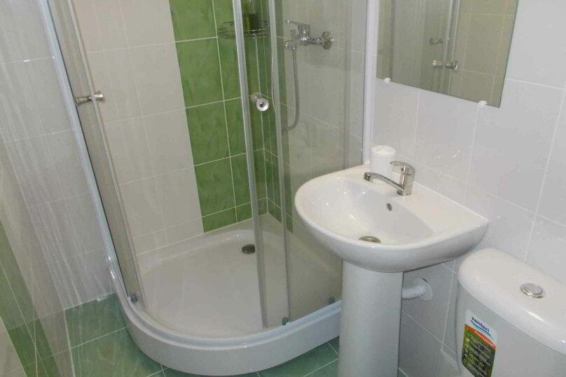 Четырехместный двухуровневый номер с собственной ванной комнатой, ул. Уральских рабочих, 50а, Екатеринбург - Фотография 8