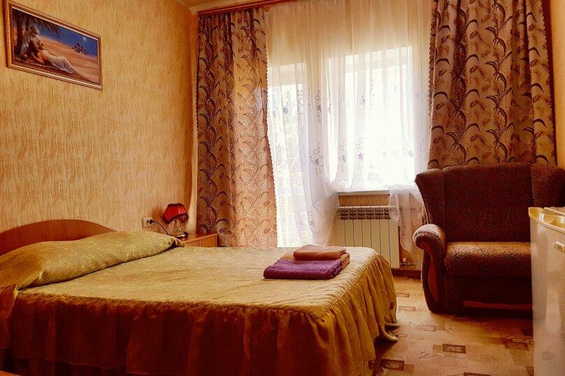 Трёхместный стандартный номер , Чудесная улица, 2/53, Николаевка, Крым - Фотография 1