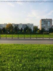 2-комн. квартира, 60 кв.м. на 4 человека, улица Крыленко, Санкт-Петербург - Фотография 1