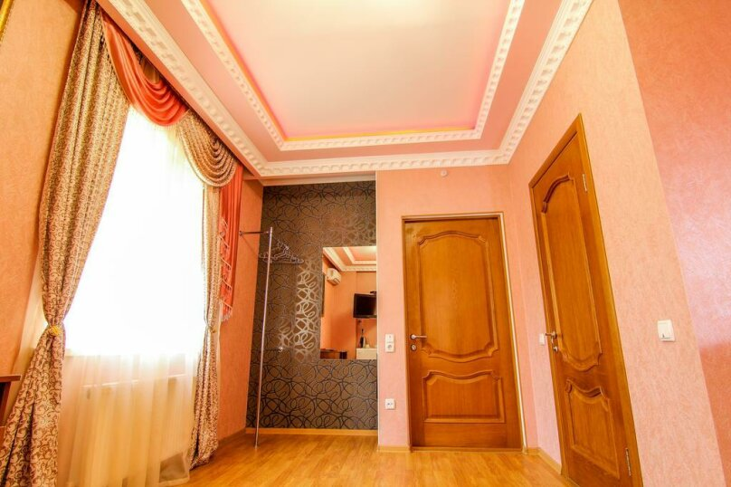 """Отель """"ЛЮКС"""", улица Москалёва, 11 на 10 номеров - Фотография 9"""