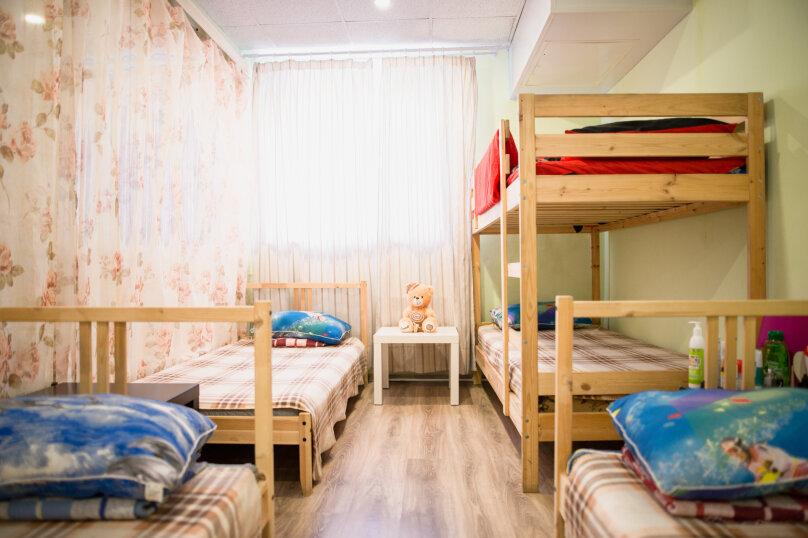 Комната хостельного типа для женщин верхнее место, улица Менделеева, 1, Уфа - Фотография 1