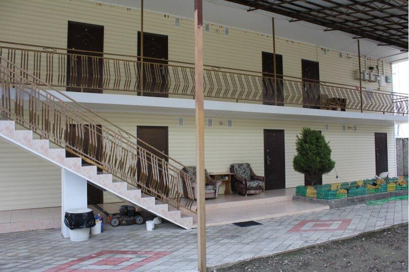 """Гостевой дом """"Алла"""", улица Станиславского, 12 на 10 комнат - Фотография 2"""