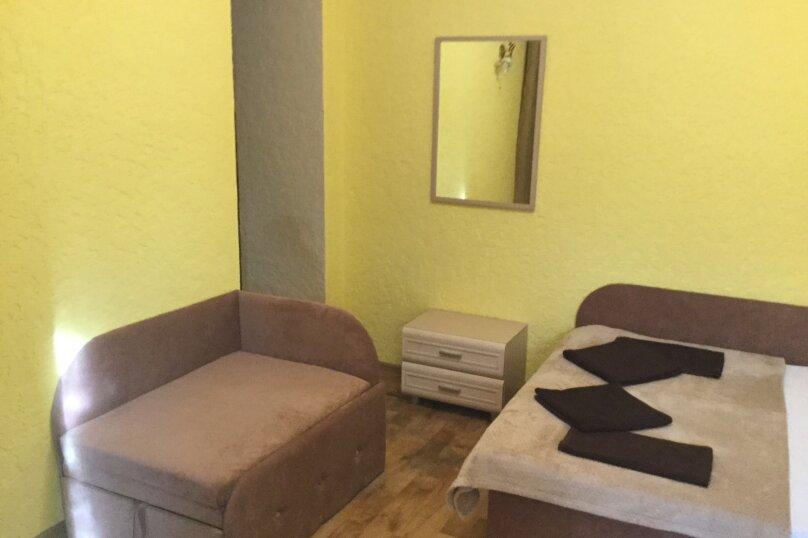Апартаменты  для троих взрослых №1, 3-я Поперечная, 6А, Евпатория - Фотография 3