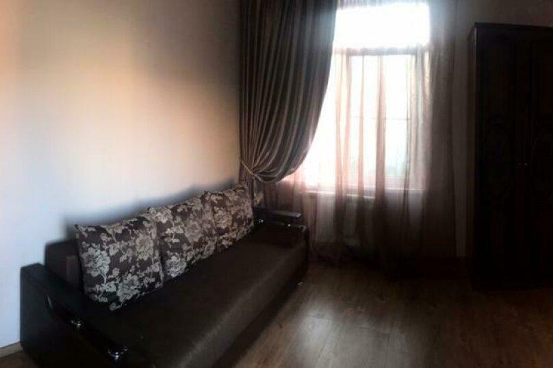 Люкс с большой односпальной кроватью , улица Павлика Морозова, 51, Адлер - Фотография 2