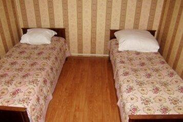 Дом, 80 кв.м. на 7 человек, 3 спальни, улица Бабушкина, 29, Таганрог - Фотография 4