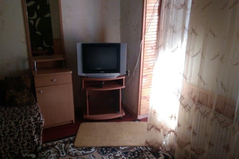 Комнатка 'Уют', Красная улица, 7, Евпатория - Фотография 3
