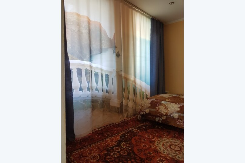 Отдельная комната, ул.Кипарисная, 15, Алушта - Фотография 7