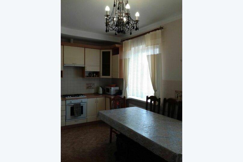 Дом  для до11 человек  под ключ  3 изолированные комнаты, 300 кв.м. на 11 человек, 3 спальни, улица Мелиораторов, 29, Суздаль - Фотография 12