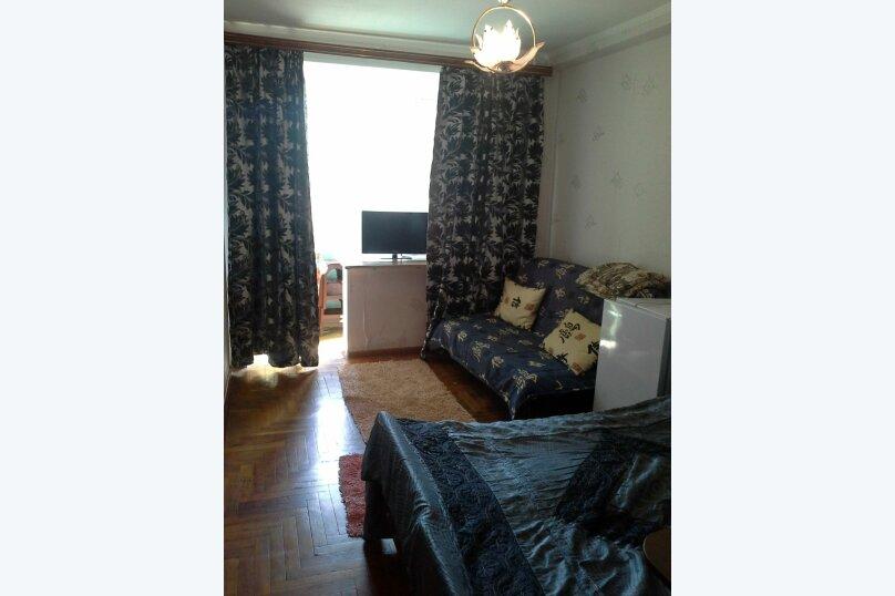 1-комн. квартира, 18 кв.м. на 5 человек, улица Ленина, 8, Железноводск - Фотография 1